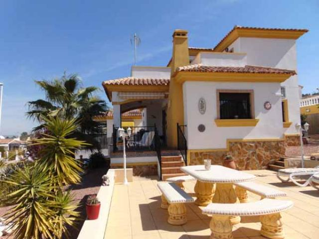 4 bedroom Villa in Hondon de las Nieves