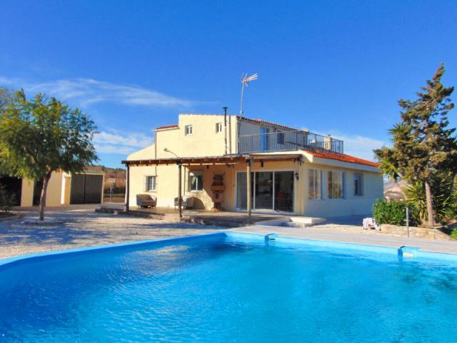 6 bedroom Villa in Hondon de los Frailes